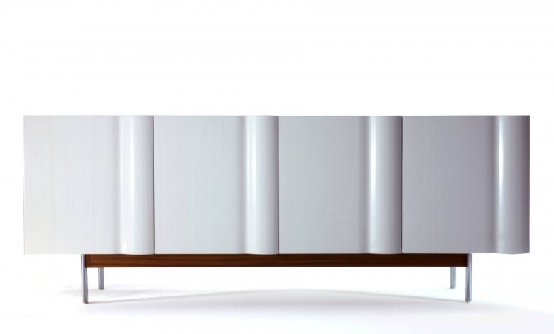 Bump Wave Cabinet